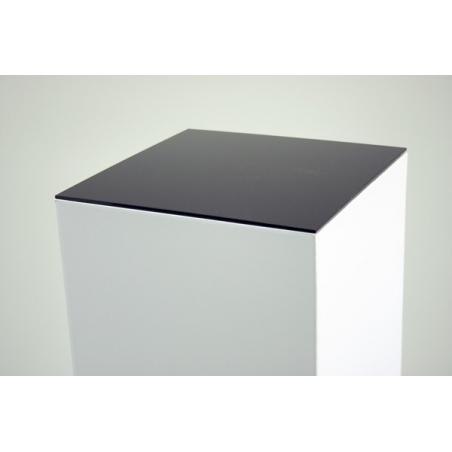 Plaque 4 mm en plexiglas noir, dimensions 45,2 x 45,2 (pour des socles en carton)