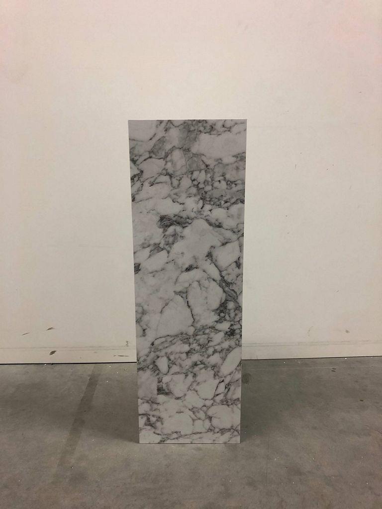Socle effet marbre